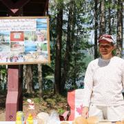 The open house included a barbecue put on by the Slocan Valley Rail Trail Society.